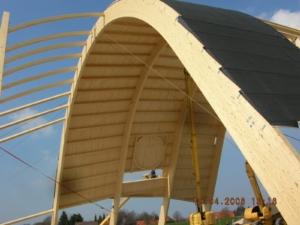 """Kryty park rozrywki """"Wal"""" w Friedrichskoog (Niemcy) - konstrukcja wykonana z zastosowaniem złączy RICON® i GIGANT"""