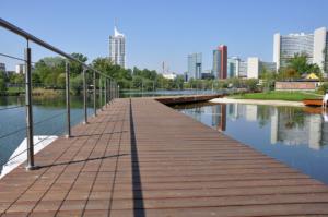 Most wykonany z desek łączonych z zastosowaniem złączy Z-DECK - Wiedeń