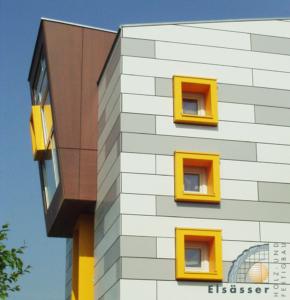 Dom wykonany z prefabrykowanych elementów fasadowych łączonych z zastosowaniem złączy WALCO 40