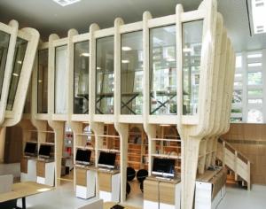 """Stanowiska do nauczania w """"Niepublicznej Szkole Miejskiej w St. Gallen"""" (CHE)- system elewacyjny FASCO®"""