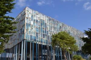Lorient - Elementy elewacji łączone za pomocą złączy RICON®